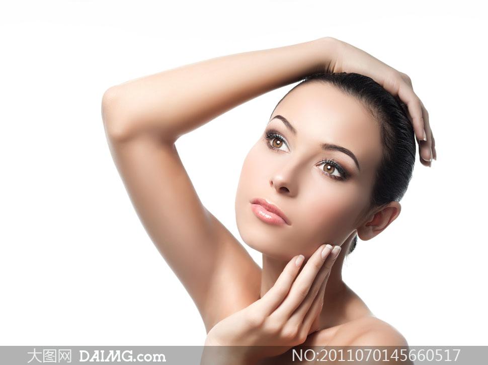 女人女性美容手势磨皮