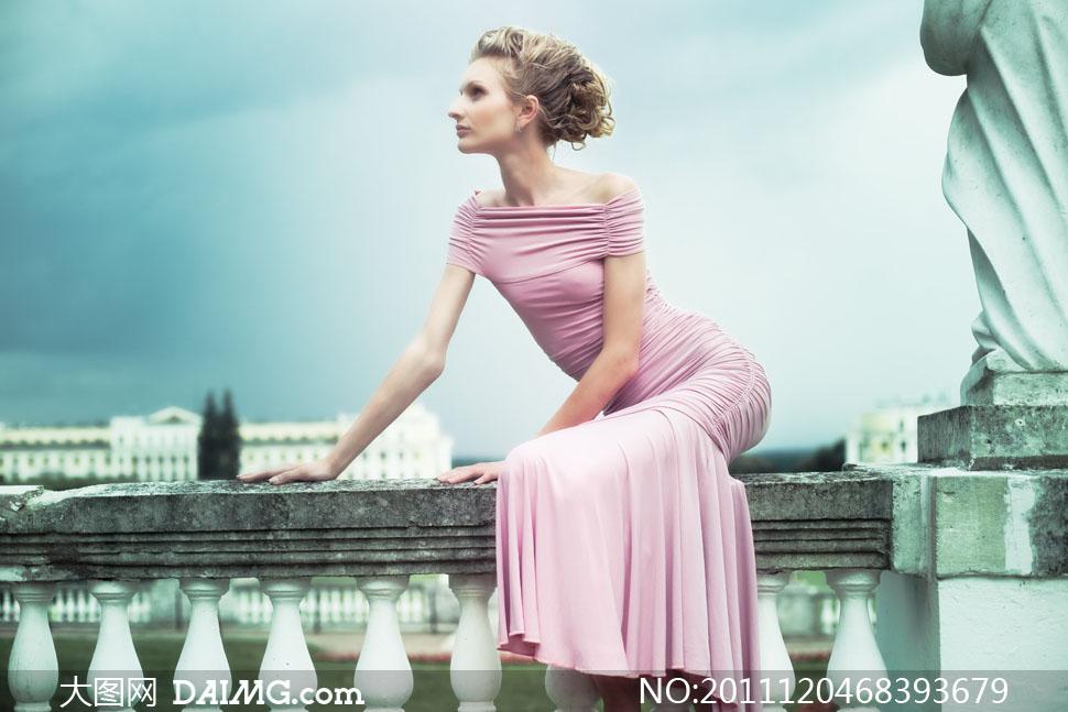 高清摄影图片大图素材人物模特美女女人女性发型美发侧面粉色欧式