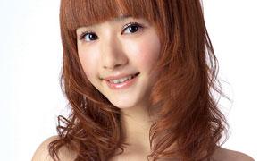 棕黄色头发美女人物高清摄影图片