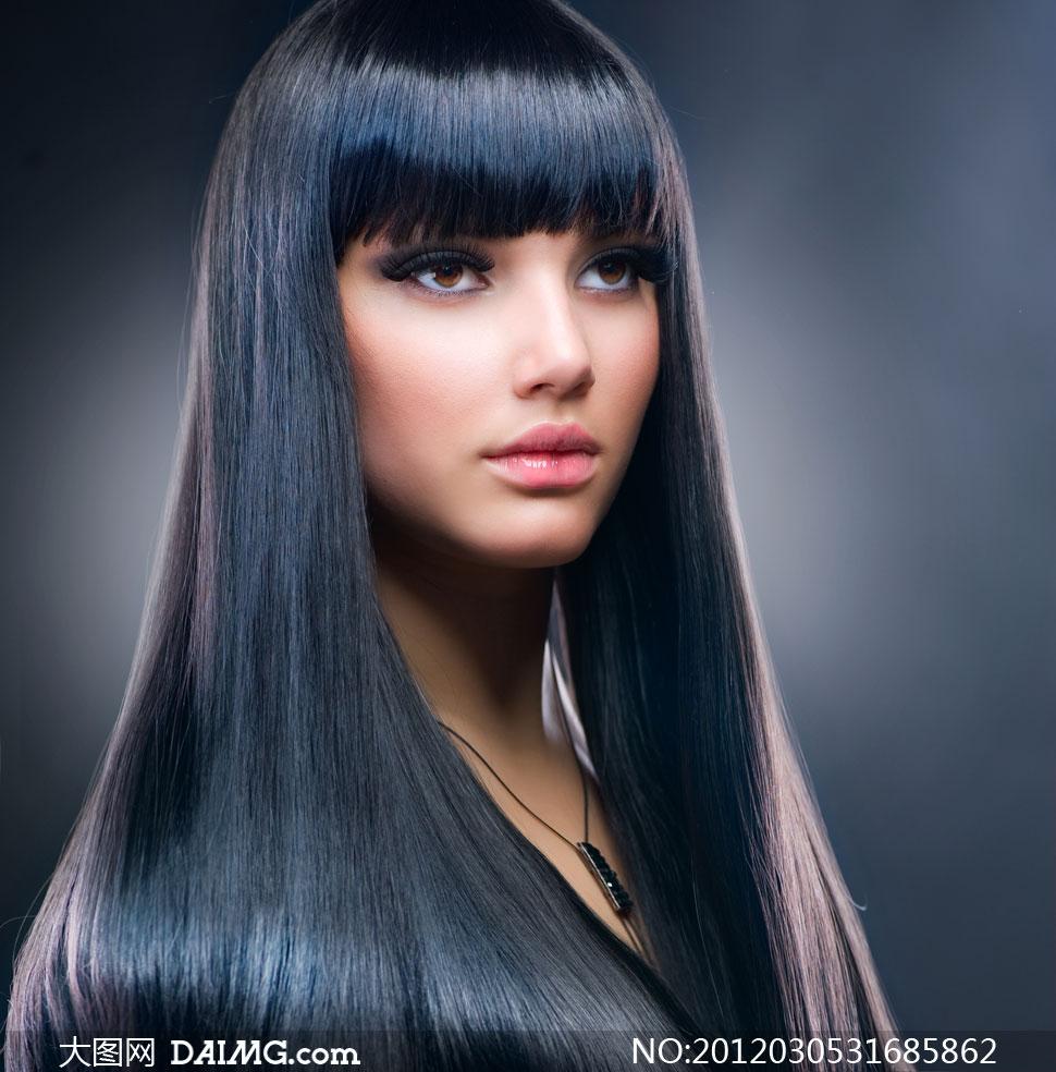 外国美女模特0; 时尚美女发型秀发