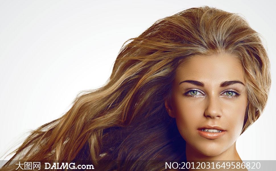 外国金发碧眼美女人物高清摄影图片