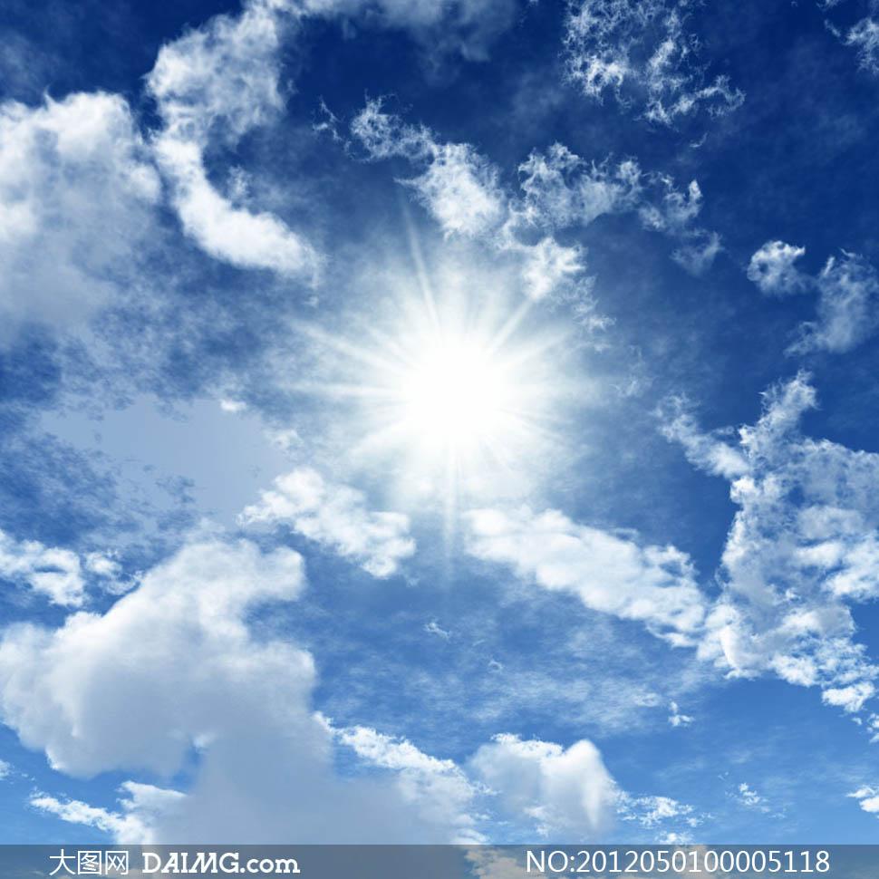 大图首页 高清图片 自然风景 > 素材信息  蓝天白云和阳光摄影图片