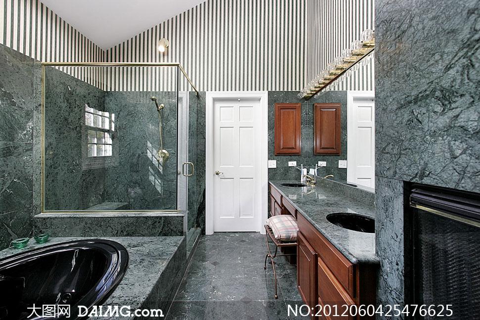 豪华洗手间浴缸装修摄影高清图片