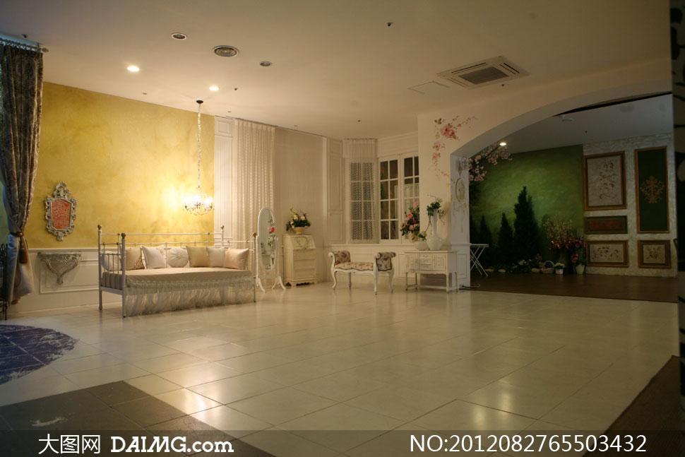 室内吊灯沙发家具影楼摄影背景图片