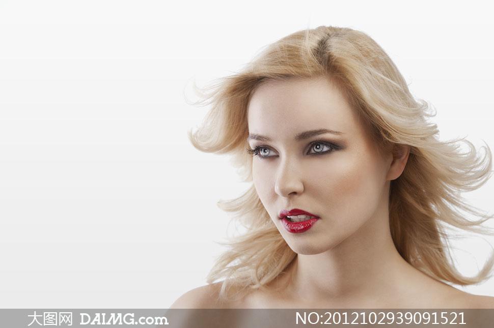 外国美女头发是什么颜色图片